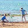 kids-at-beach